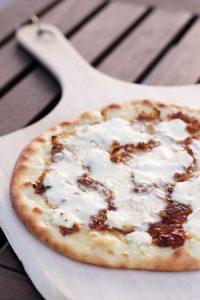 honey-goat-cheese-pizza-retake-1-web